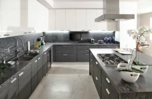 бело серая кухня